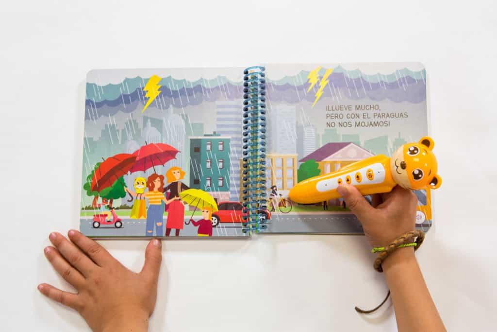 Cuento interactivo de cartón y lápiz lector