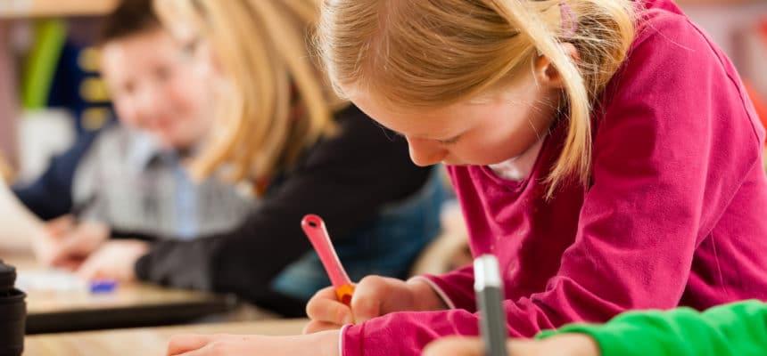 Los beneficios de leer a los niños y niñas